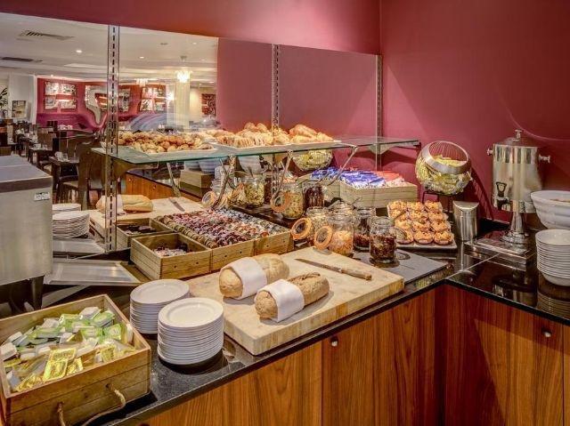 Schotland - Edinburgh - Hilton Hotel Edinburgh Grosvenor **** - ontbijt