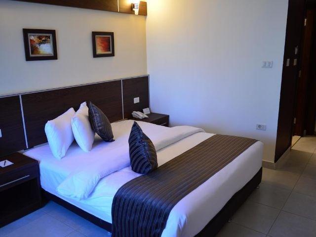 Ream Hotel Amman - Slaapkamer