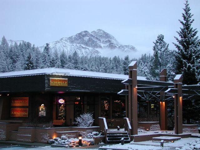 Marmot Lodge - Steakhouse