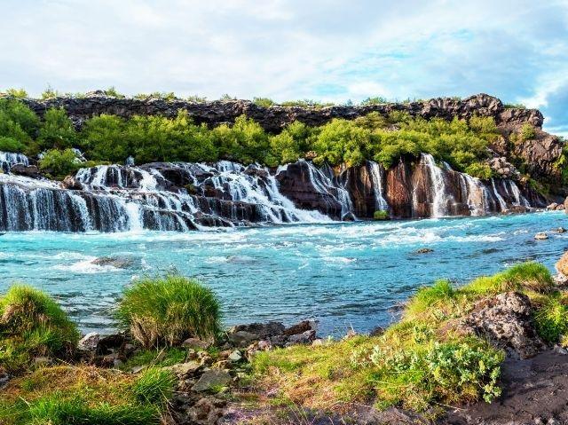 IJsland - Hraunfos waterval