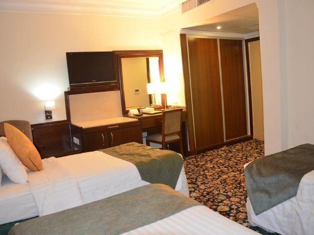 Amra Palace Hotel Slaapkamer