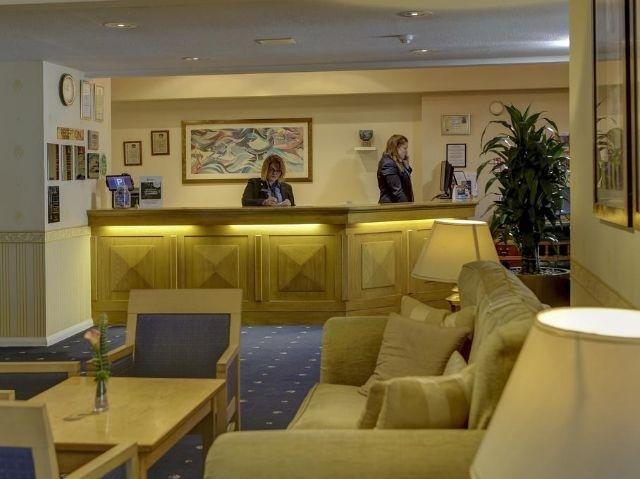 Groot-Brittannië - Tiverton - Best Western Tiverton Hotel - receptie / lounge