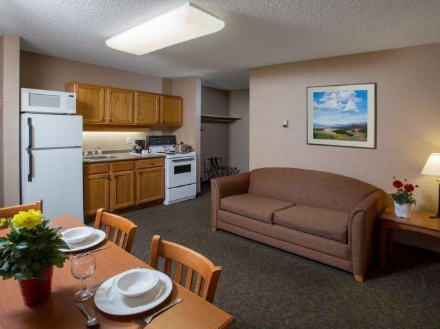 Lobstick Lodge - kamer met kitchenette