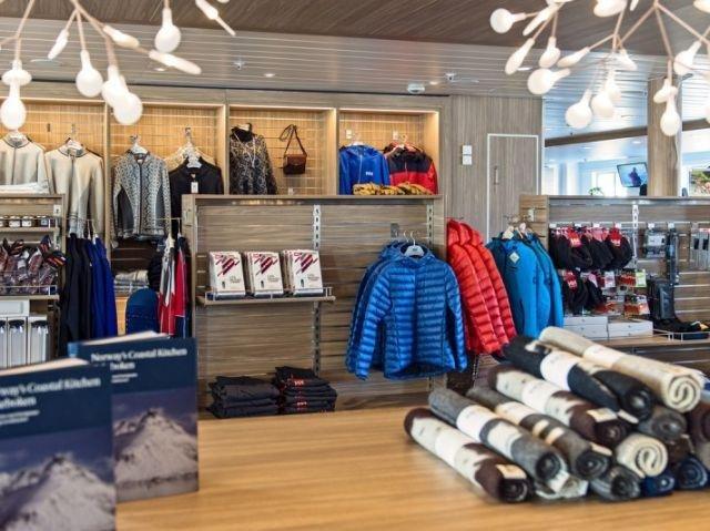 Hurtigruten MS Kong Harald winkel