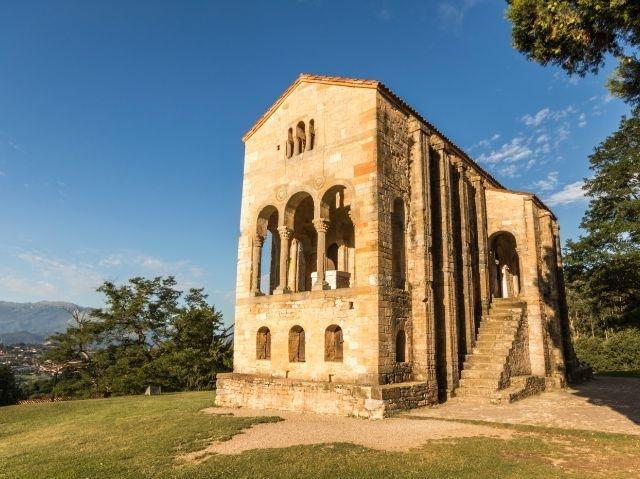 Oviedo - kerk