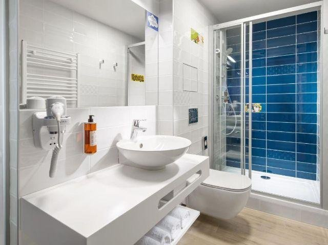Tsjechië_Praag_Comfort hotel Prague City East_voorbeeld badkamer