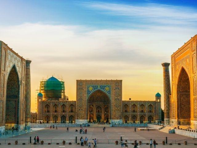 Uzbekistan - Registanplein Samarkand