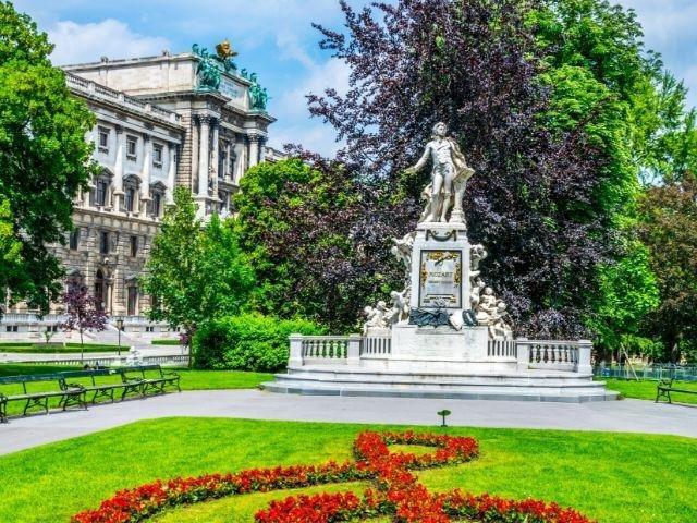Oostenrijk - Wenen - standbeeld Mozart