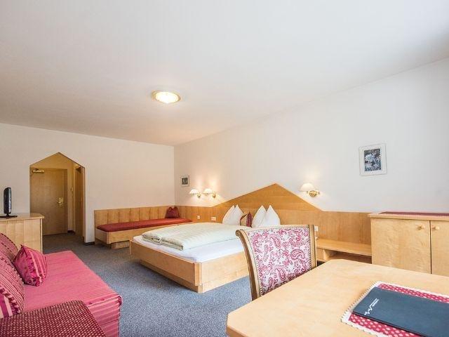 Lutago - Hotel Fronza*** - voorbeeldkamer