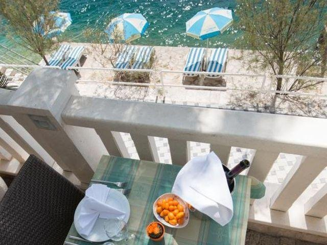 Neum - Hotel Nova **** - terras - strand