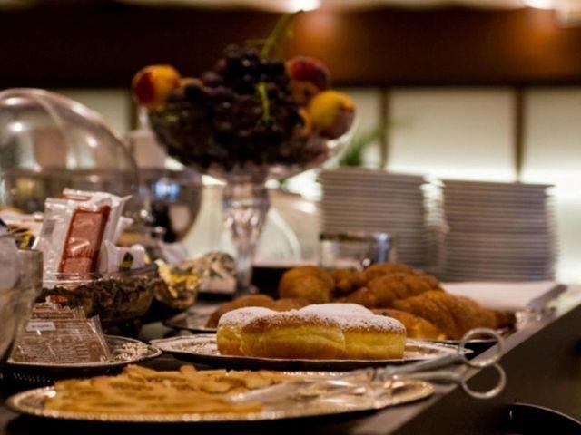 Le Grazie - Hotel Della Baia *** - ontbijt