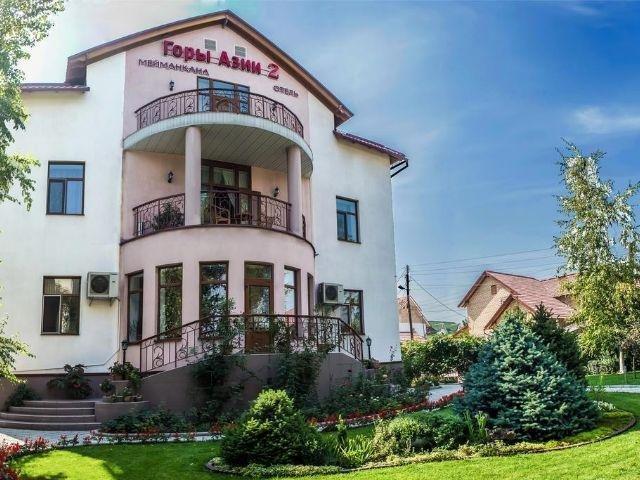 Bishkek - Hotel Asia Mountains *** - aanzicht hotel