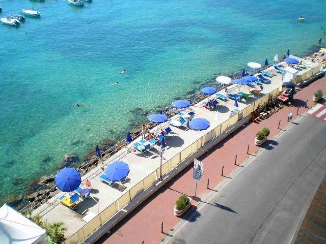 Lerici - Hotel Shelley e Delle Palme *** - strand - terras