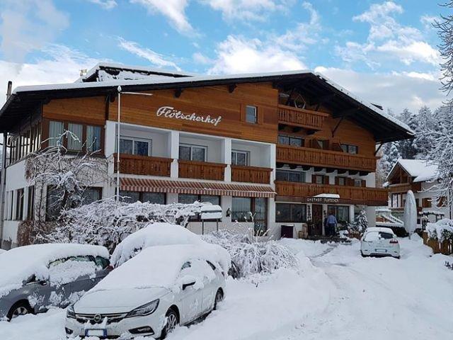Italië - Naz-Sciaves - Hotel Flötscherhof *** - aanzicht