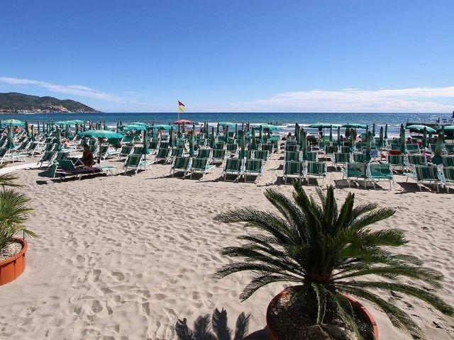 Diano Marina - Hotel Villa Igea *** - strand