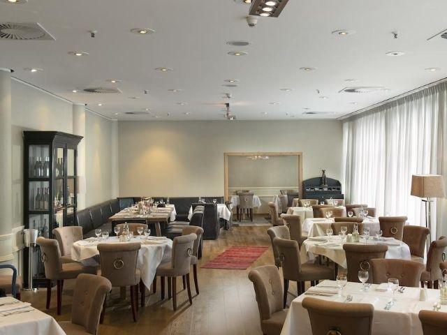 Hannover - Wyndham Hannover Atrium **** - restaurant
