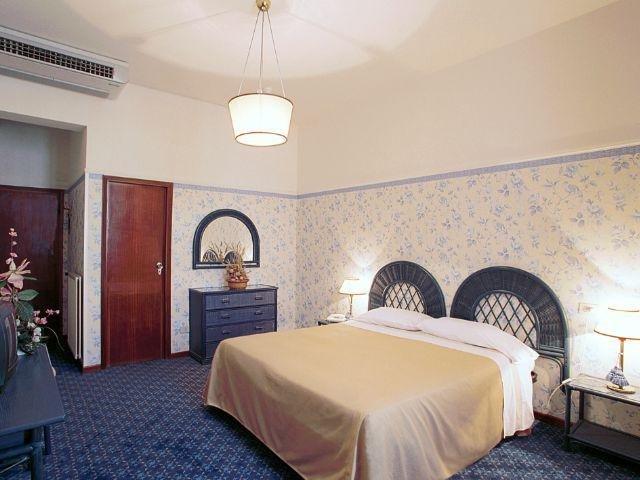Montecatini Terme - Hotel Biondi **** - voorbeeldkamer