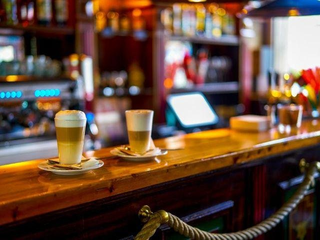 CZ-Praag_Hotel Uno***_sfeer bar