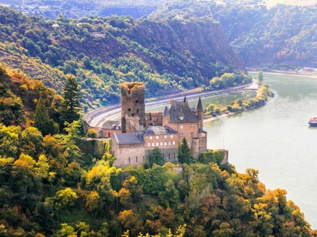 Duitsland - Rijn - Katz kasteel in st. Goarshhausen