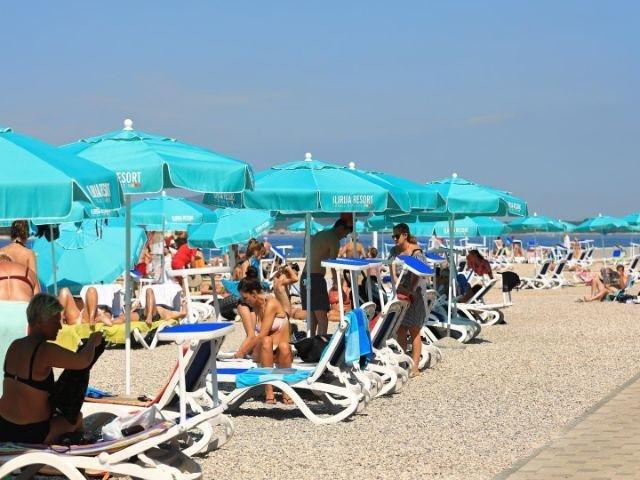 Biograd - Ilirija Resort Biograd *** - strand