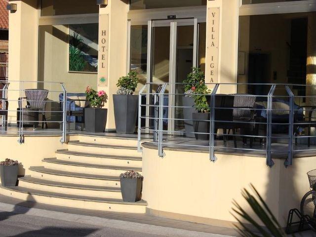 Diano Marina - Hotel Villa Igea *** - entree