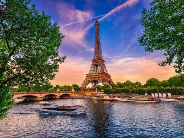 Frankrijk_Parijs_Eifeltoren_Seine