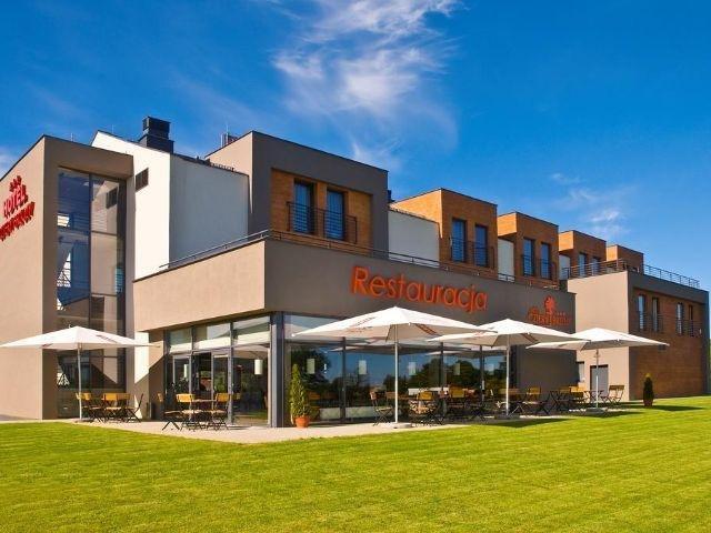 Kowale - Hotel Cztery Brzozy - aanzicht hotel
