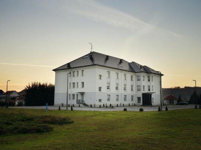 Zagreb - Hotel Raca - aanzicht hotel