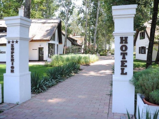 Kerekegyháza - Varga Tanya Hotel - entree