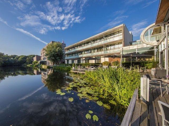 Utrecht - Hotel Mitland - hotel aanzicht