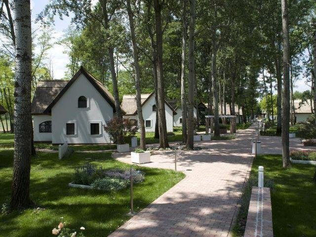 Kerekegyháza - Varga Tanya Hotel - tuin