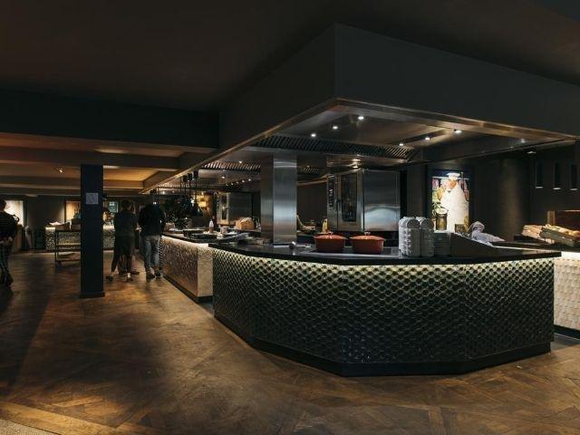 Apeldoorn - Van der Valk Hotel Apeldoorn - De Cantharel - restaurant
