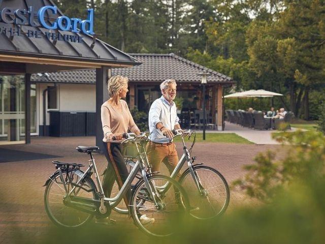 Garderen - Westcord Hotel de Veluwe - hotel aanzicht