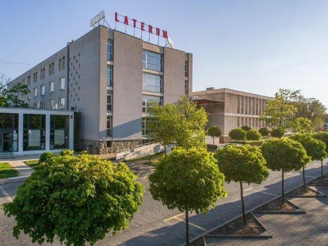Pécs - Hotel Laterum - aanzicht hotel