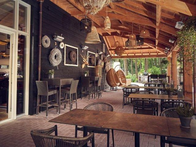 Garderen - Westcord Hotel de Veluwe - terras