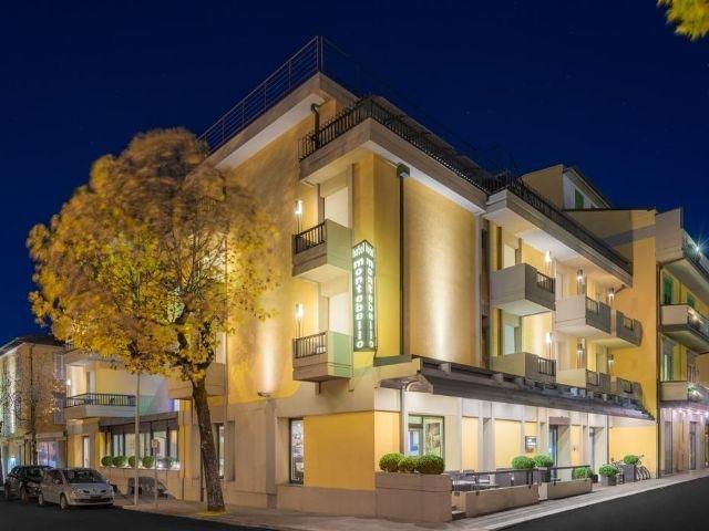 Montecatini Terme - Hotel Montebello *** - aanzicht hotel