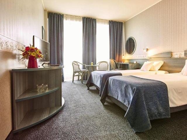 Arad - Hotel Continental Forum - voorbeeldkamer