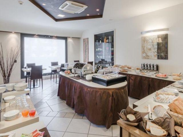 Montecatini Terme - Hotel Montebello *** - ontbijtbuffet