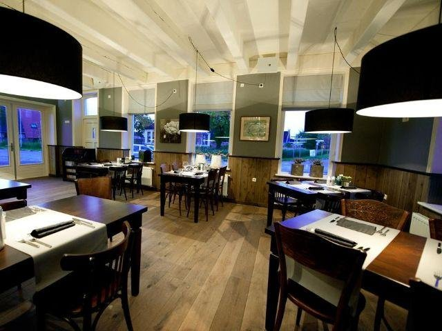 Anjum - Hotel Restaurant Wad Oars - restaurant