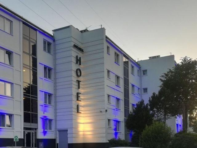 Gdynia - Hotel Antares - hotel aanzicht