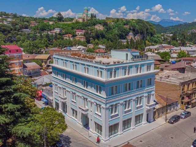 Koetaisi - Newport Hotel Kutaisi **** - hotel aanzicht