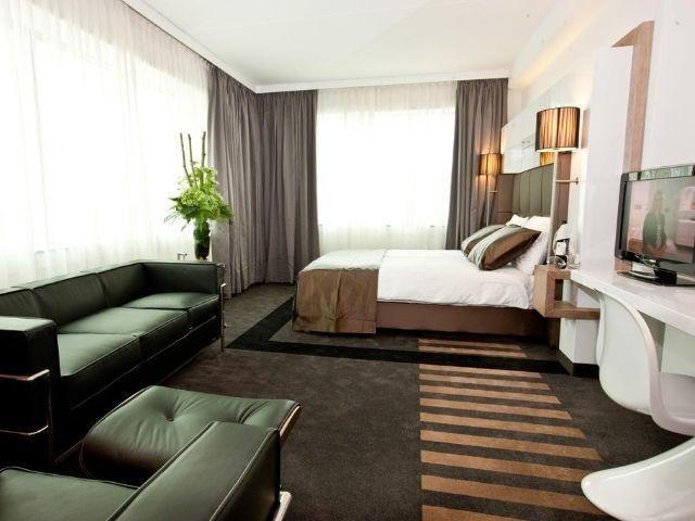 Leeuwarden - Westcord WTC Hotel Leeuwarden - voorbeeld kamer