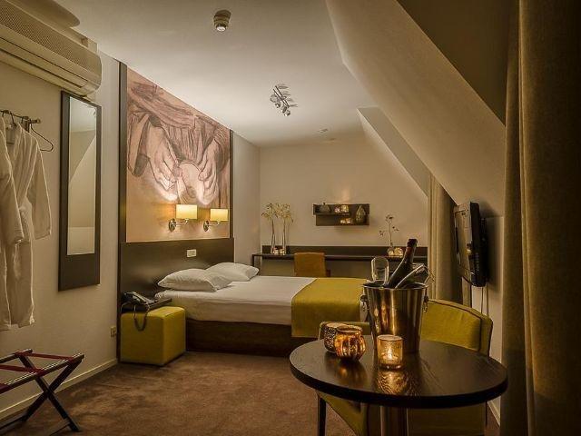 Nuenen - Parkhotel Auberge Vincent - voorbeeld kamer