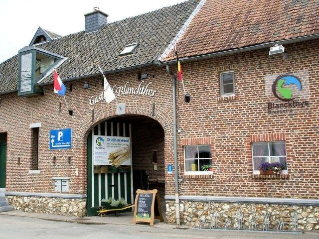 Voeren - Hotel Blanckthys 's-Gravenvoeren - hotel aanzicht