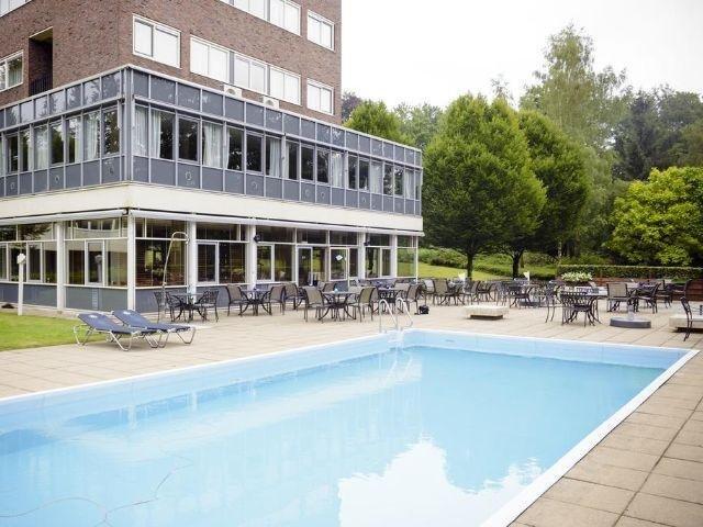 Beekbergen - Fletcher Hotel Apeldoorn - Beekbergen - zwembad