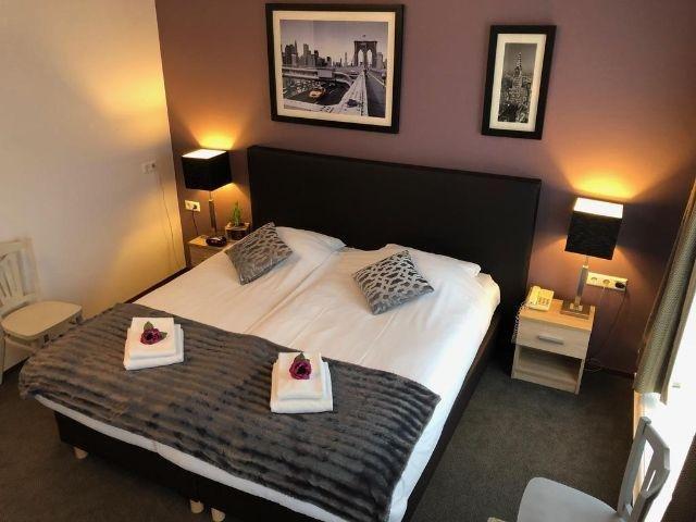 Hoorn - Hotel de Keizerskroon - voorbeeld kamer