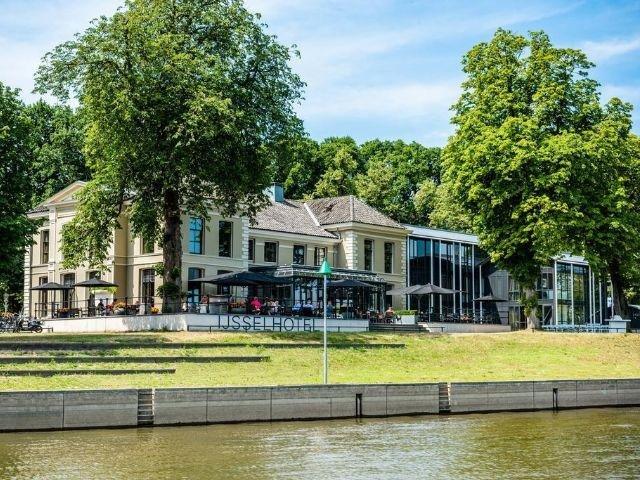 Deventer - Sandton IJsselhotel - hotel aanzicht