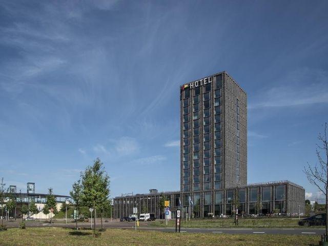 Nijmegen - Van der Valk Hotel Nijmegen-Lent - hotel aanzicht