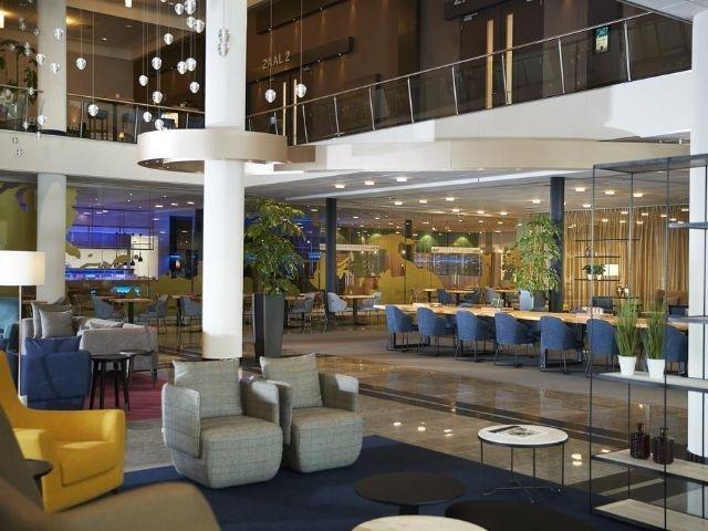 Leeuwarden - Westcord WTC Hotel Leeuwarden - lobby