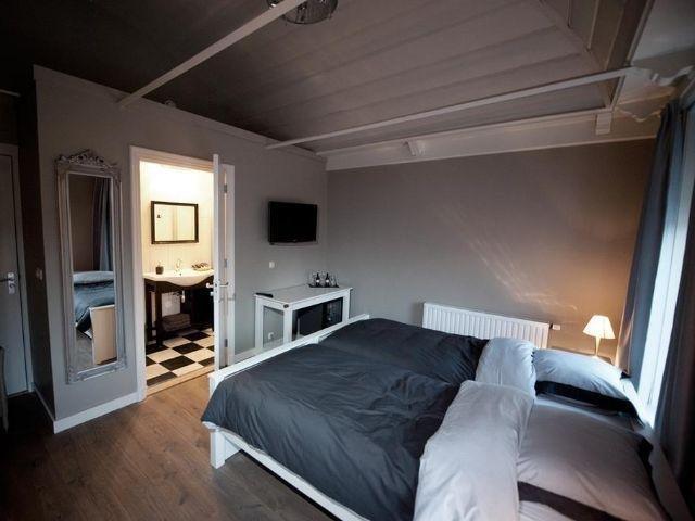 Anjum - Hotel Restaurant Wad Oars - voorbeeld kamer